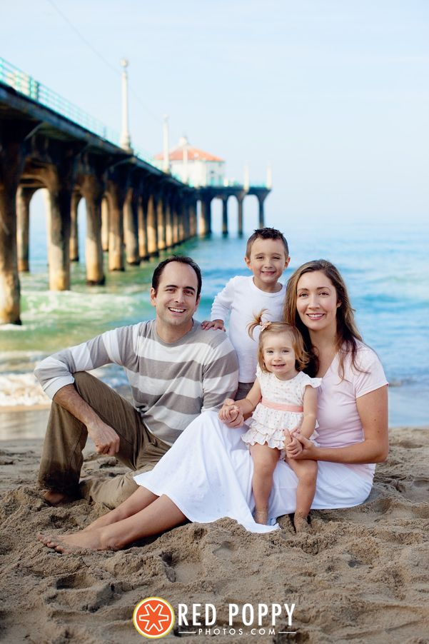 Family Beach Photo Cute Idea