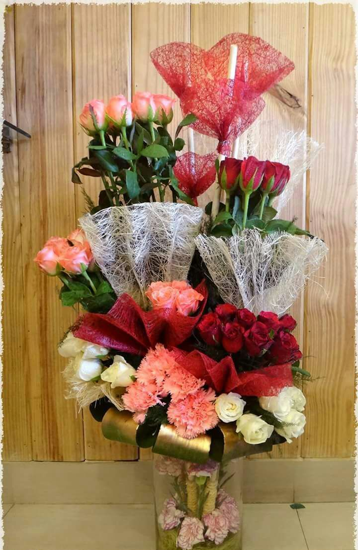 Astounding We Deliver Flowers To Pune Same Day Best Quality Cakes And Flowers Birthday Cards Printable Nowaargucafe Filternl