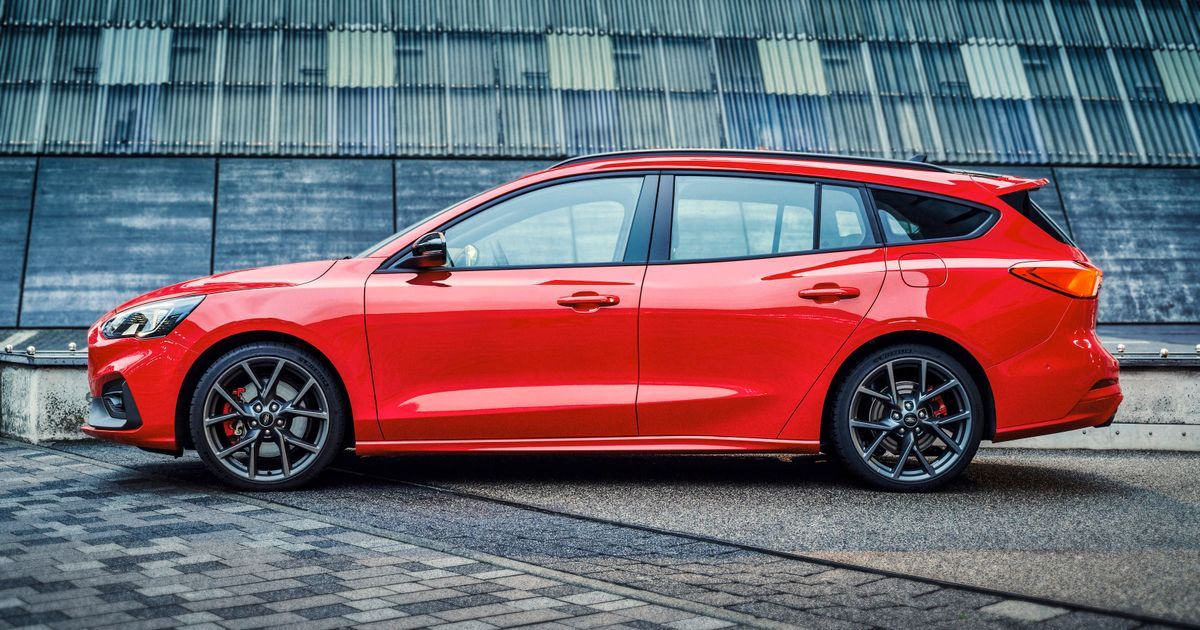 Here S Our First Look At The All New Ford Focus St Wagon Ford Has
