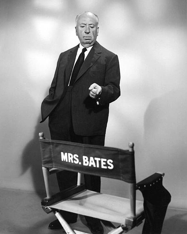 Alfred Hitchcock Psycho publicity photo (1960)