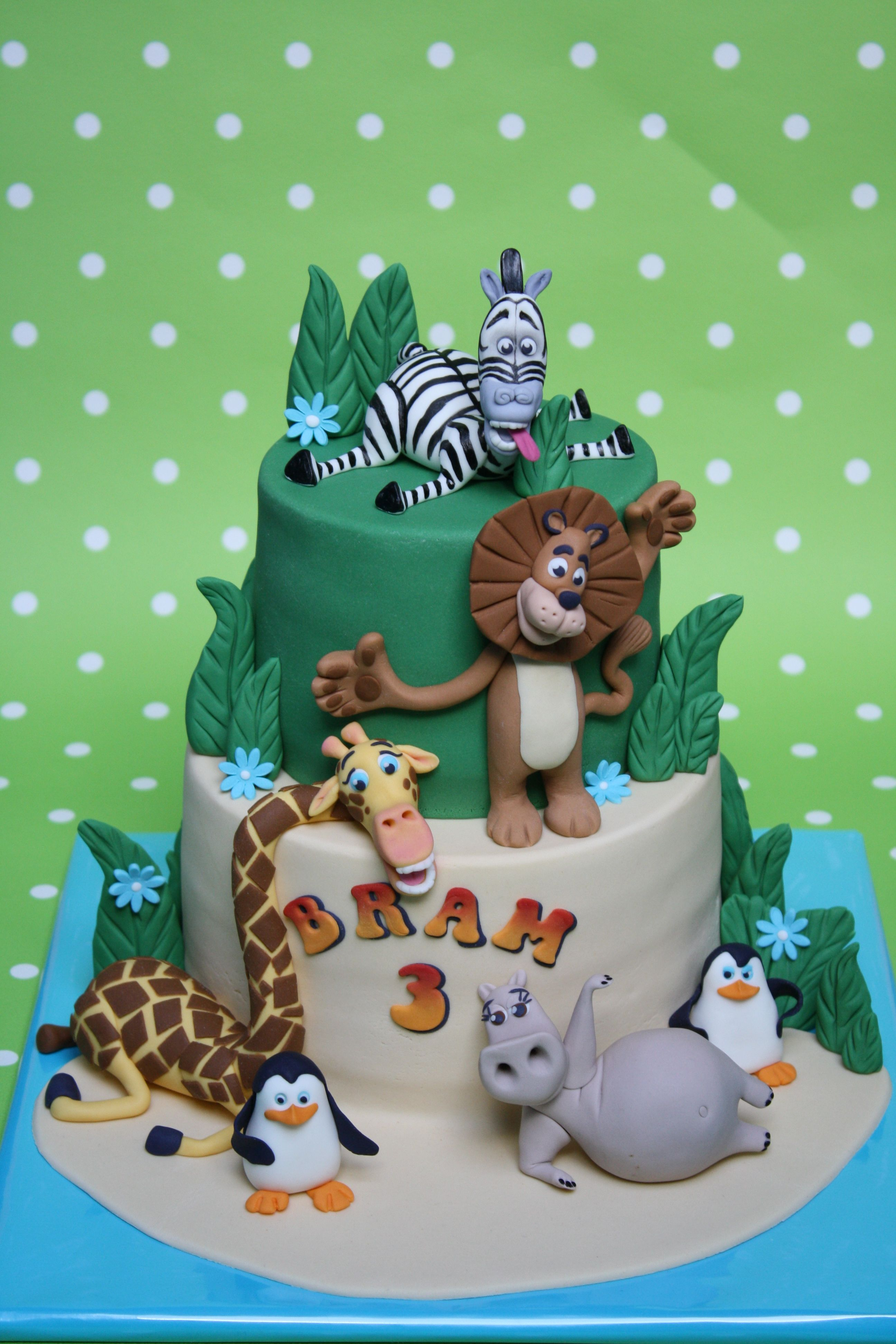 Jungle Vero 1 Taarten En Cupcakes Birthday Cake Zoo Cake En