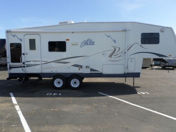 2004 Thor Jazz 5th Wheel Rv For Sale 5th Wheels For Sale 5th