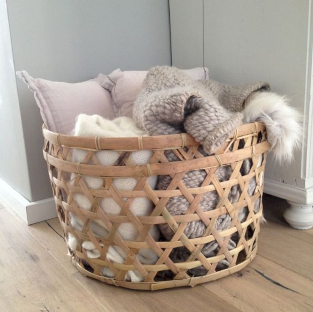 15 Cool Ideas To Store Your Blanket Home Decor Baskets Bla