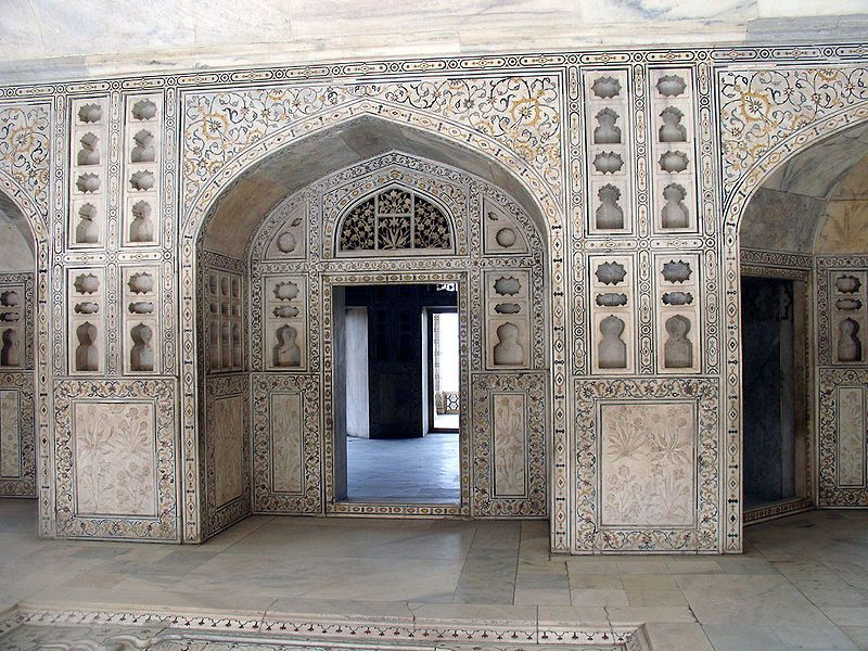 It Was Only During The Reign Of Akbar S Grandson Shah Jahan That The Site Took On Its Current State Unlike His Grandfathe Agra Fort Agra Mughal Architecture