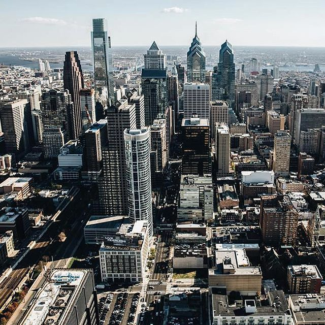 philly skyline seriously though laurenhadams this is amazing rh pinterest com