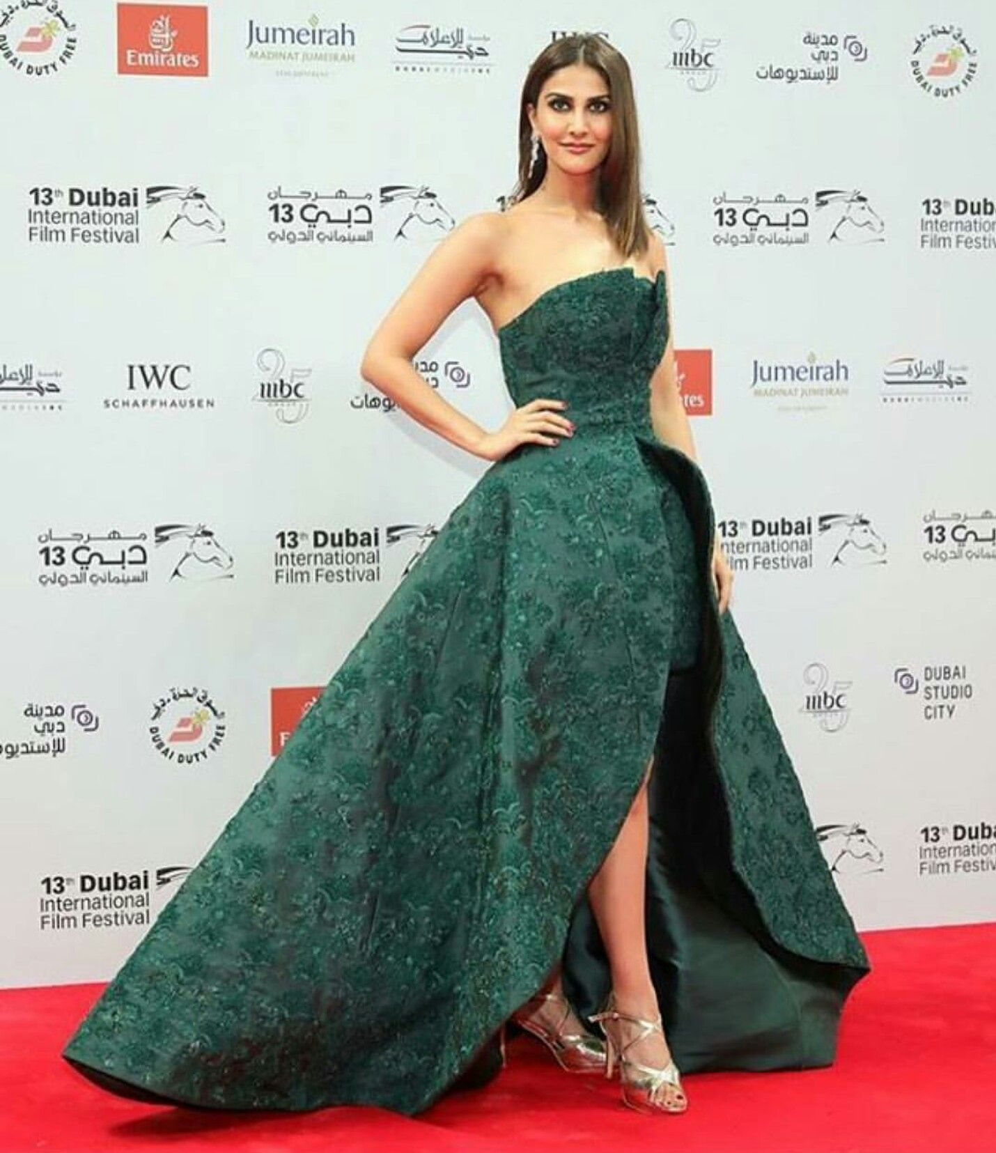 0496510556ea Vaani Kapoor wearing green tube gown at DIFF 2016 | Red Carpet Looks ...