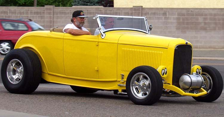 what makes 32 ford hot rod a high boy 32 ford roadster hot rod rh pinterest com