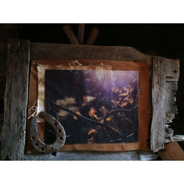 Rustic art- horse shoe