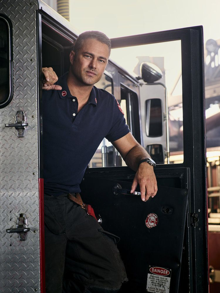 Chicago Fire Season 6 Promotional Picture Taylor Kinney Chicago Fire Chicago Fire Taylor Kinney