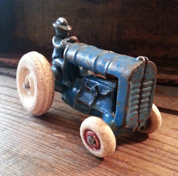1930s Arcade Cast Iron Tractor 213R - Vintage Farm Toy With White Rubber Wheels