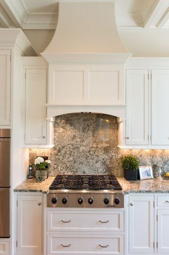 Kitchen built in range hood design pictures remodel for Beautiful built in kitchens