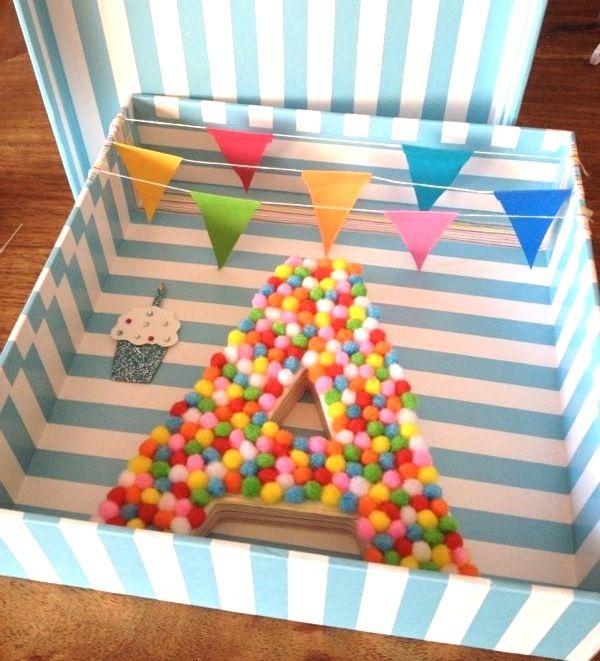 C mo decorar letras letras decoradas con mini pompones mesa de dulces letras decoradas - Letras decoradas infantiles ...