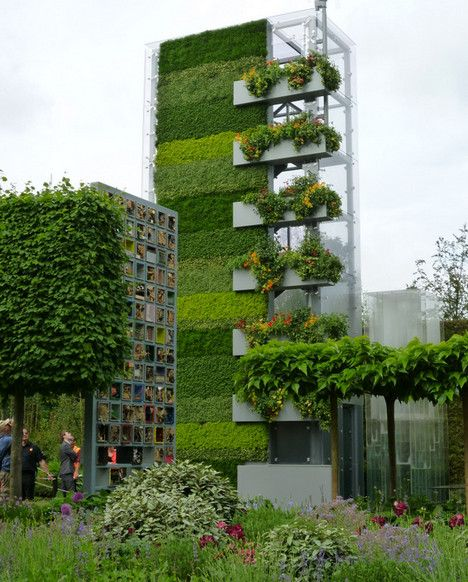 Green Vertical Walls at the Chelsea Flower Show | Green office ...