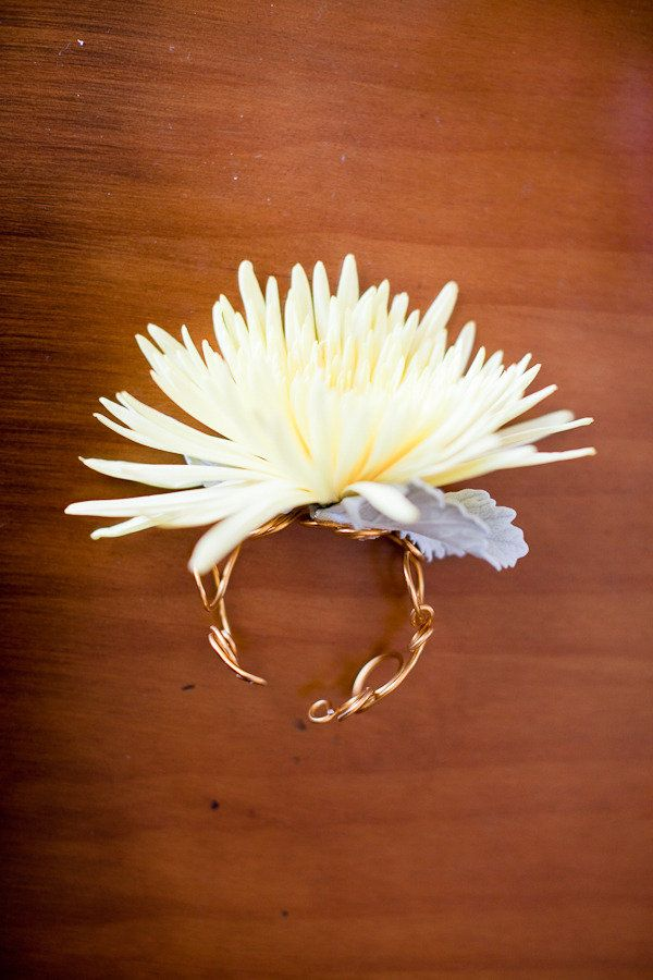 Updated version of the wrist corsage -  Photography by martalocklearphoto.com, Flowers by karinsflorist.com