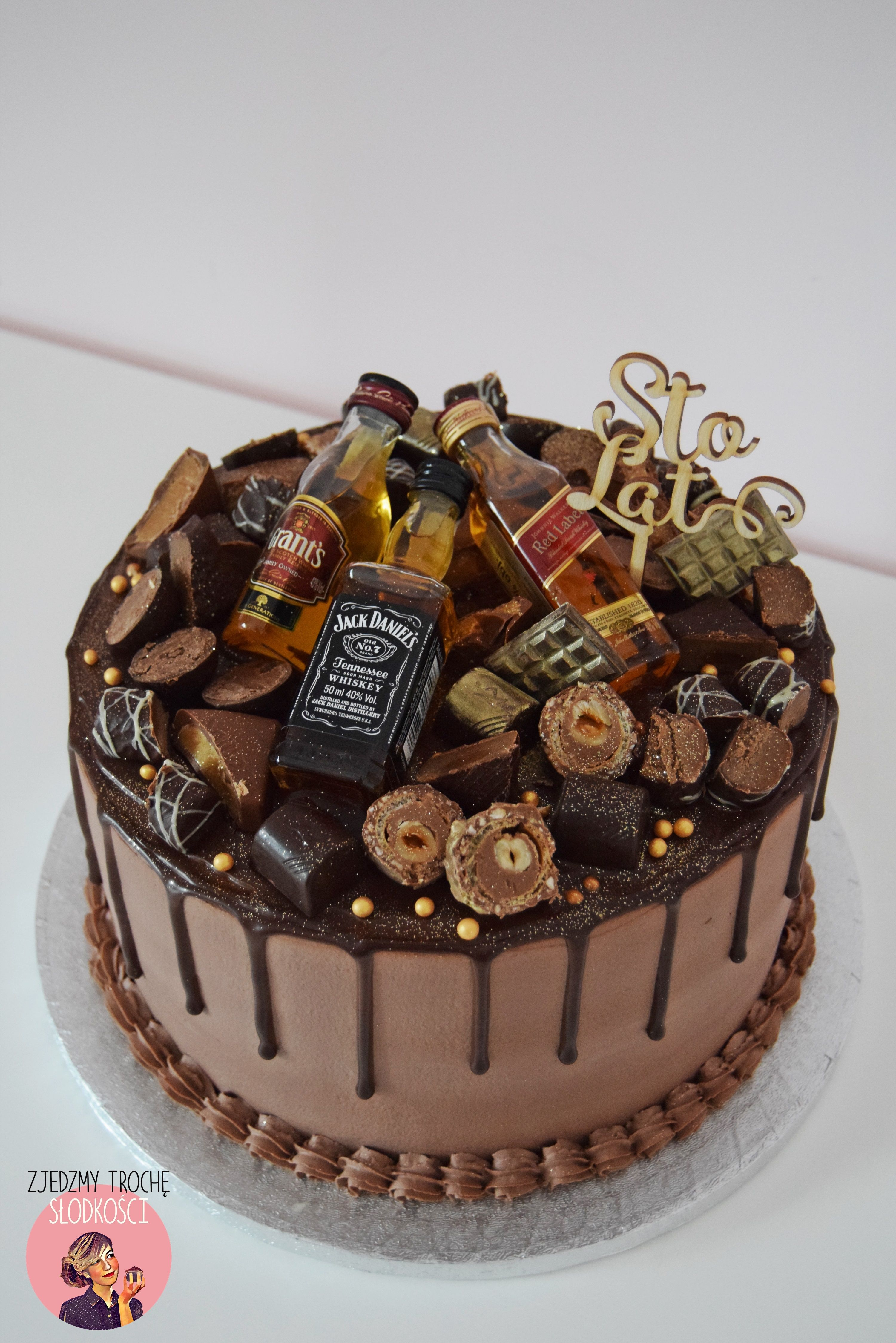 Drip Cake With Whisky Cakes In 2019 Cake Birthday