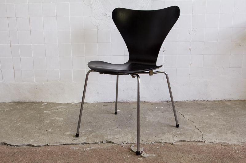 Vlinder Bureaustoel Arne Jacobsen.Butterfly Chair Series 7 By Arne Jacobsen