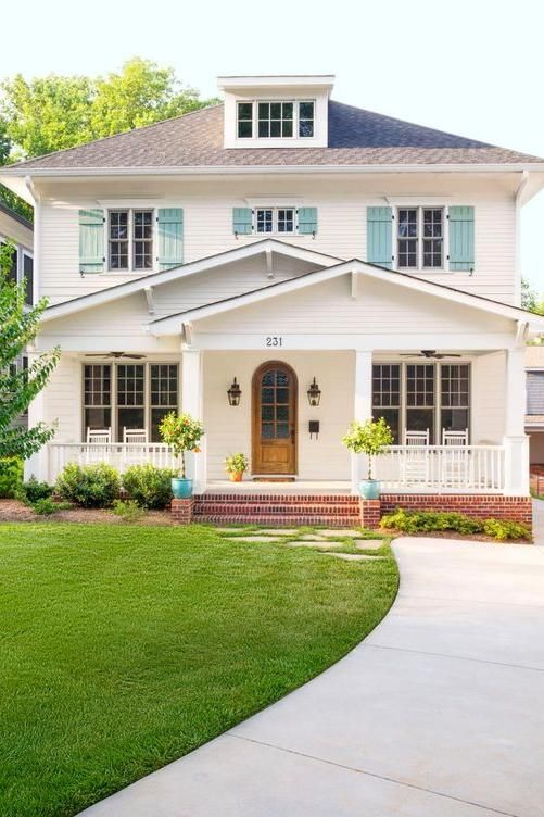Bright and Colorful Shutters That Add Instant Curb Appeal - persianas para exterior