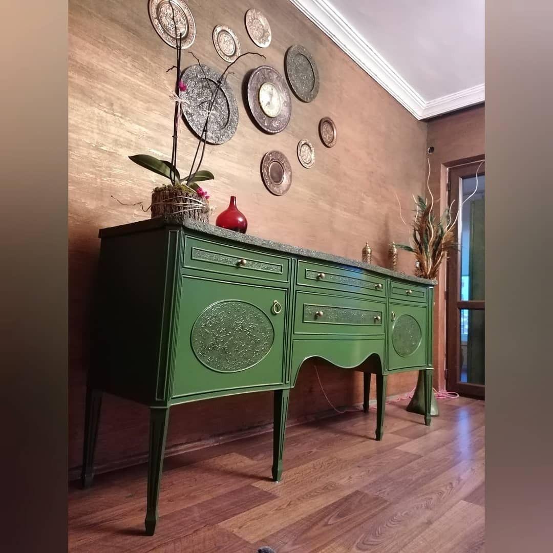 #mobilyaboyama #mobilyayenileme #tasarımmobilya #dönüşüm #dönüşümmobilya #diy #kendinyap #kendinyapprojeleri #tahtagurusuu #insta #instalike #instalove #duvarboyama #vintage #bohem #öncesisonrası #cafe #dekorasyon #furniturepainter #furniturepainting #furnituredesign#cadence #cadencecraft #evimdehobi #evdeakıllıvakit #homedesign #paint #evdekorasyonu #boyama #betonduvar