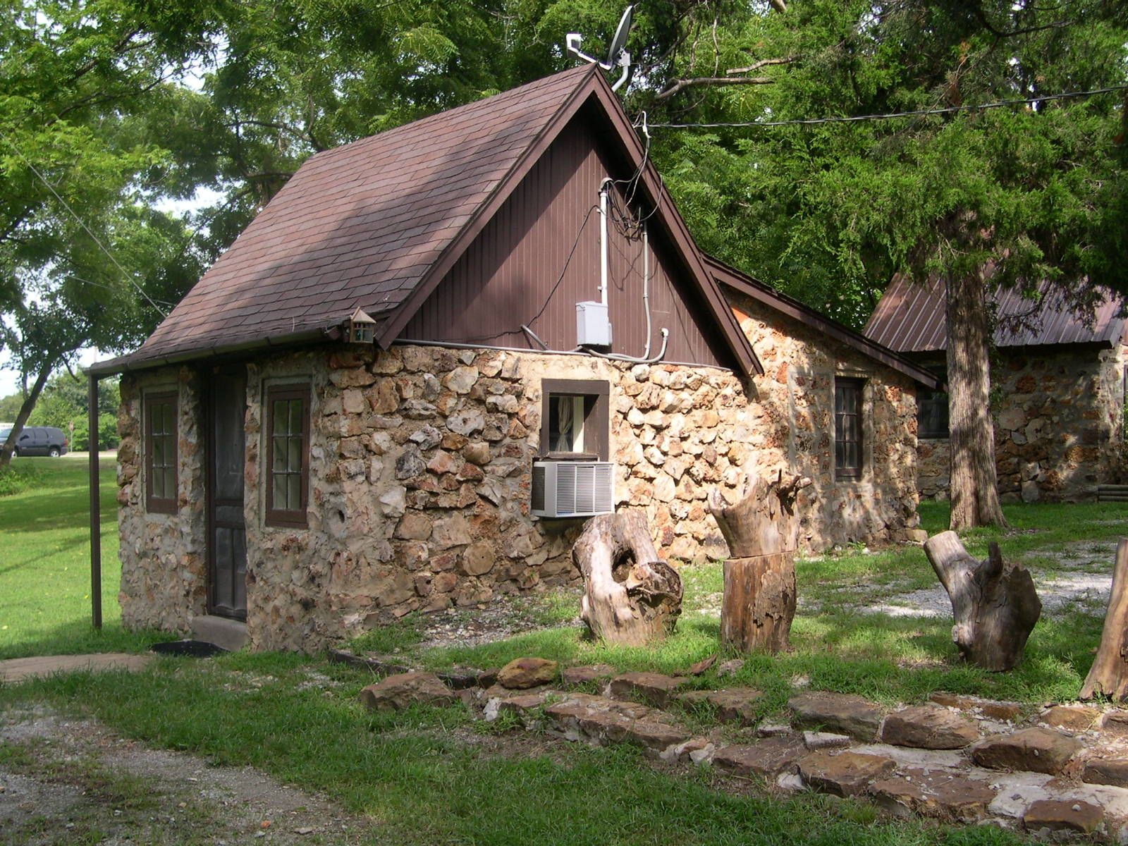 states lake rooms united cabin eucha rent oklahoma the rentals for woods new in cabins ok grand
