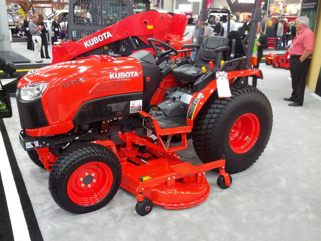 kubota b2650 - Google Search Kubota Tractors, Lawn Tractors, Landscaping,  Backyard Landscape Design