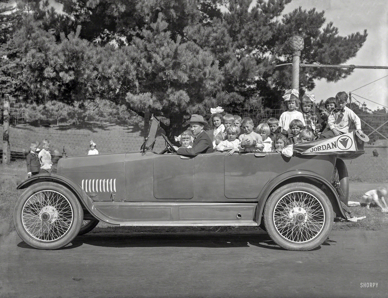 Bring the Kids: San Francisco circa 1917. \