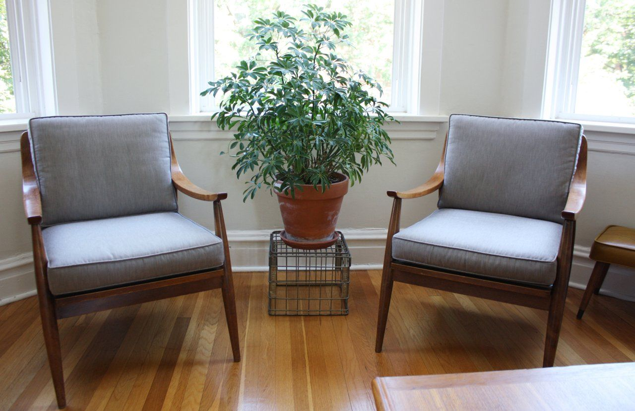 I need a pair of chairs like