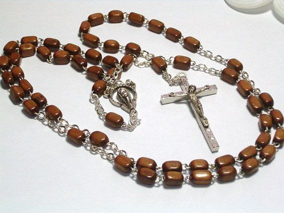 Vintage Italy Wood Rosary Beads Silver Chain and por ButtonFinder