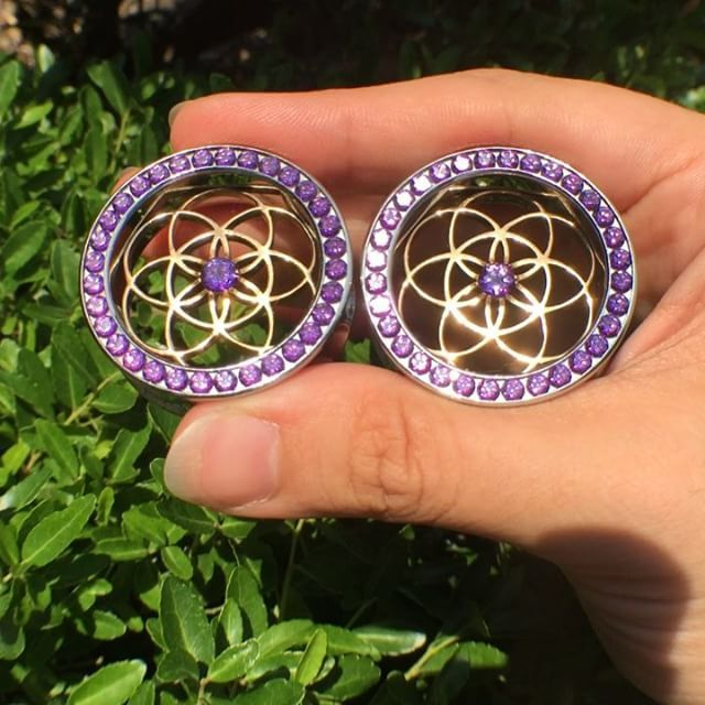 Seriously. These Anatometal Seed of Life eyelets are too beautiful. I can't…