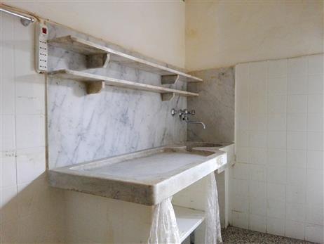 Lavandino in marmo alla genovese... | Lavelli, Cucina ...