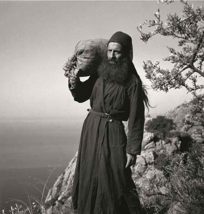 или два путника монаха картинка после нашей дымной