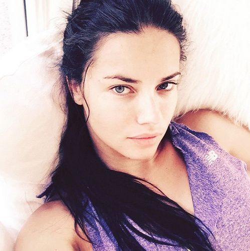 Les tops sans fards sur Instagram beautiful woman Adriana lima