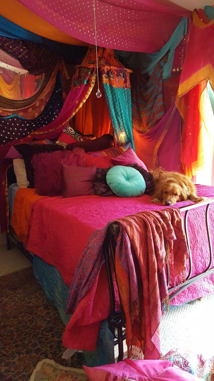 dream master bedroom%0A Reminds me of inside I dream of Jeannie bottle
