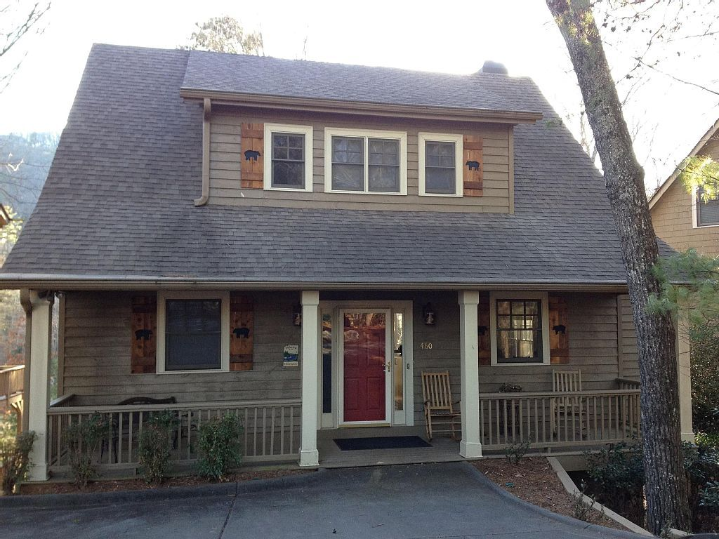 3 hip and pent hip roof this roof is used sometimes on a modern rh pinterest com