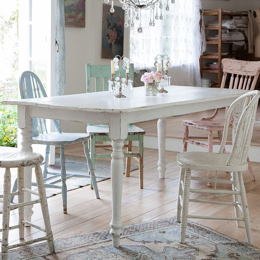 love rachel ashwell s shabby chic couture so cute dining room rh in pinterest com