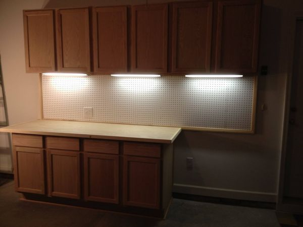 Diy garage cabinets with under cabinet lighting do it yourself diy garage cabinets with under cabinet lighting solutioingenieria Gallery