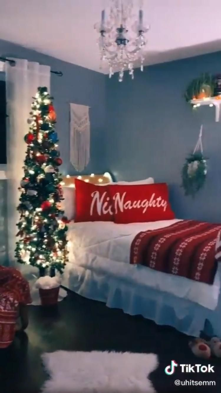 Susiecarra Video In 2020 Holiday Room Decor Holiday Room Girl Bedroom Designs