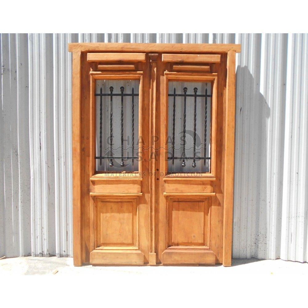 Puerta de frente en madera antigua de pino brasil con for Puertas de madera y hierro antiguas