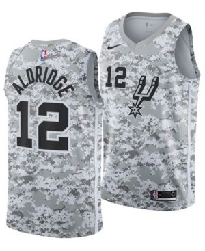 a8e1a25817bb5 Nike Men s Lamarcus Aldridge San Antonio Spurs Earned Edition Swingman  Jersey - White XL