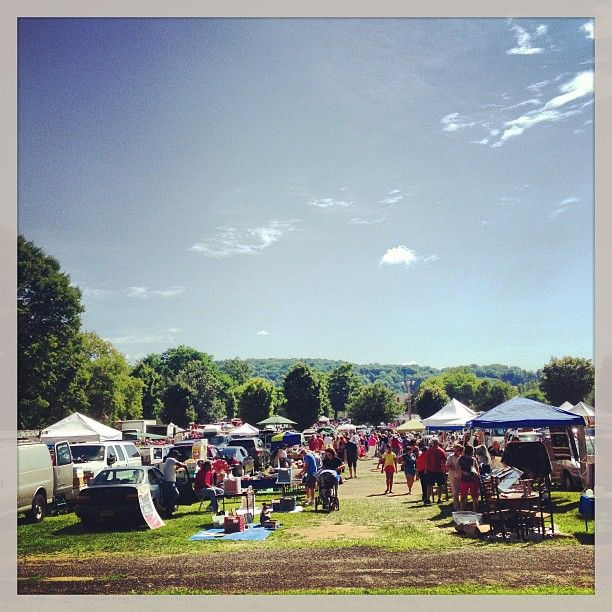 elephant s trunk country flea market in new milford ct i want to rh pinterest com