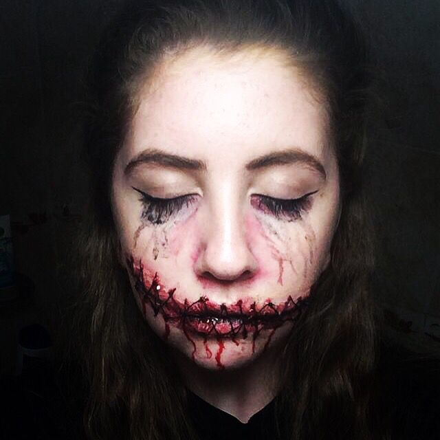 My Stitched up mouth Special fx makeup! X