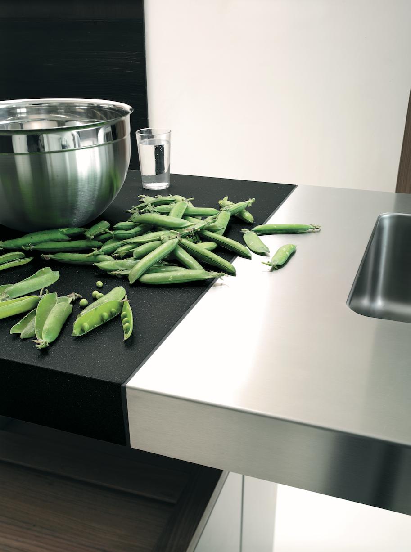 bulthaup - cuisine b2 - le module en grès gris et le point d\'eau du ...
