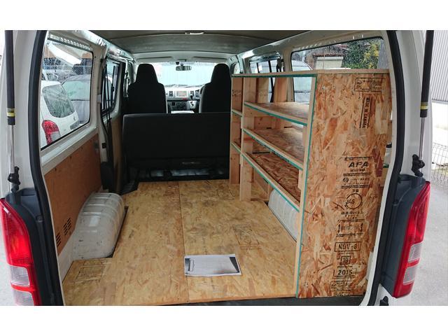 トヨタ ハイエースバン 納車 荷室棚制作 シートカバー取り付け オイル