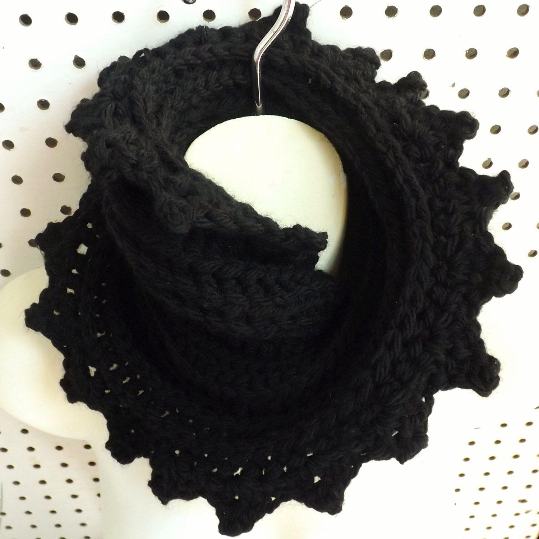 LAUREN Crochet Cowl Scarf in Wool Pattern - Learn to crochet this ...