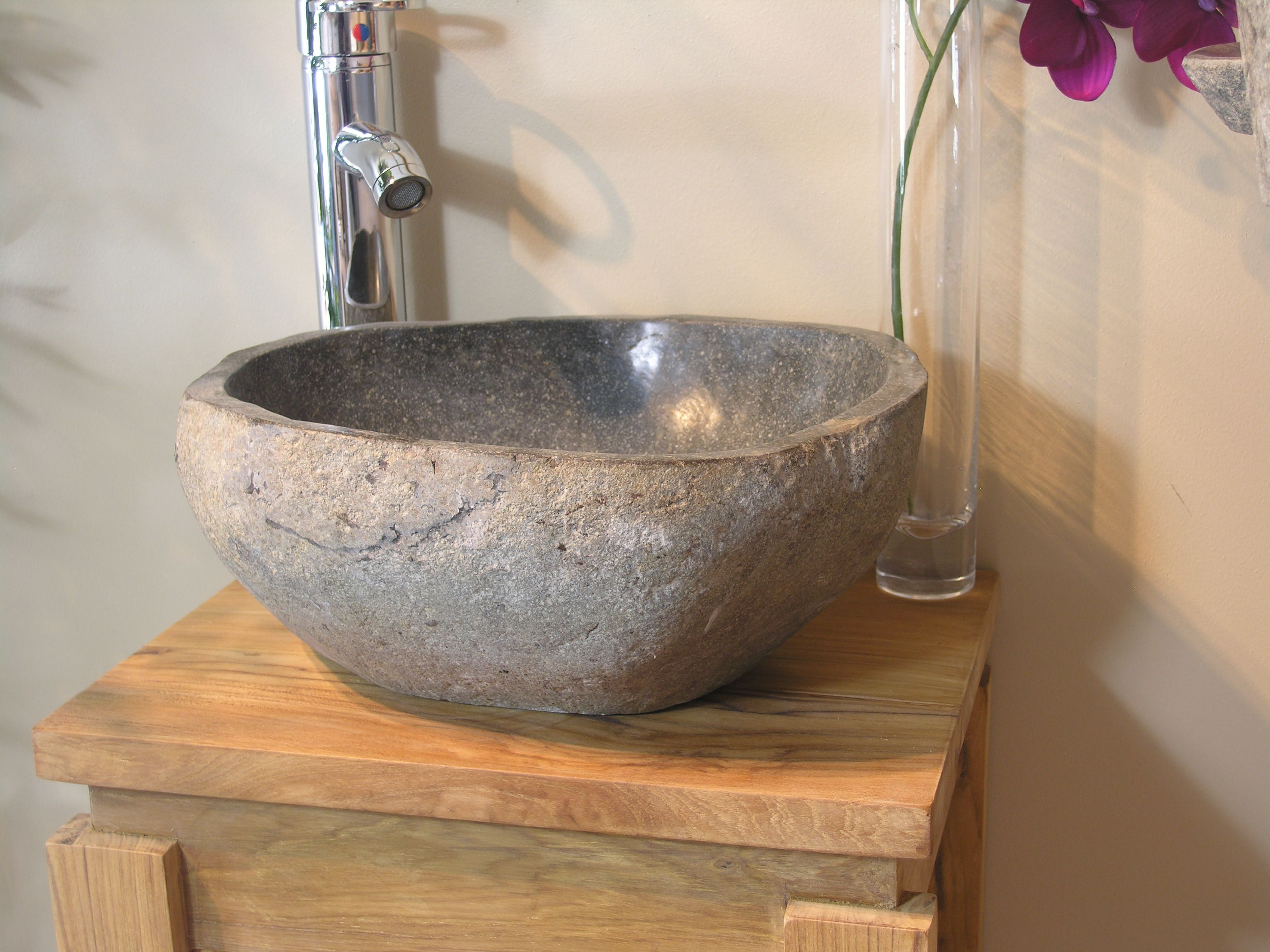 Vasque à poser en pierre naturelle salle de bain GALET 20 cm en