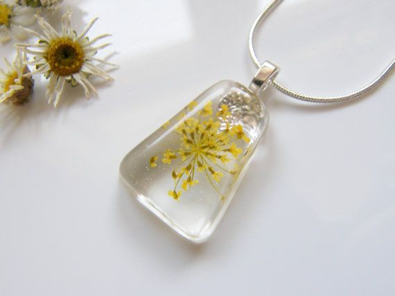 Queen Annes Lace Necklace in Resin Botanical by WishesontheWind, £16.00