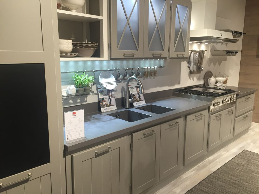 Glass Kitchen Cabinet Doors And The Styles That They Work Well Entrancing Glass Kitchen Cabinet Doors Design Ideas