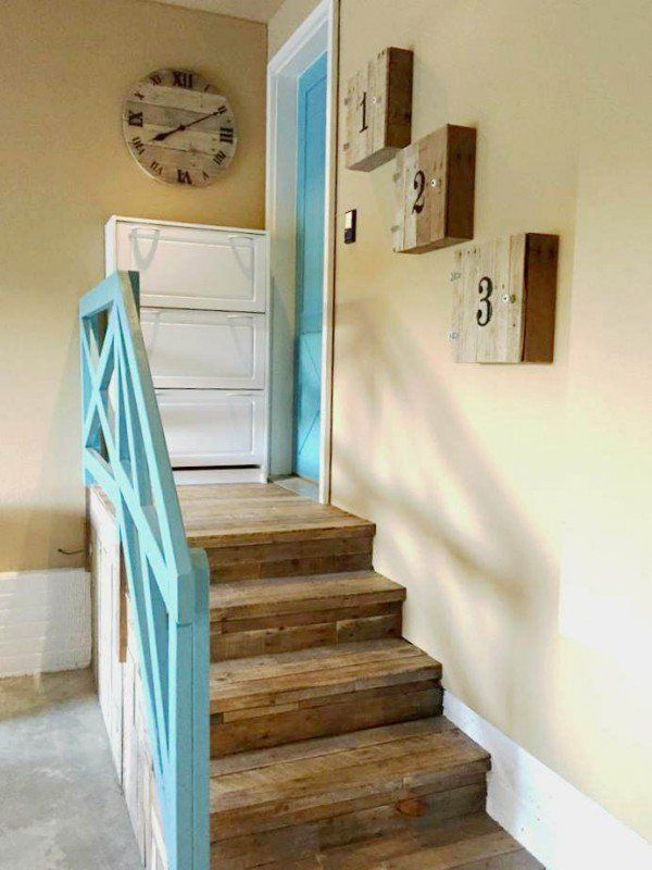 Genial Garage Stairs Makeover With Pallets