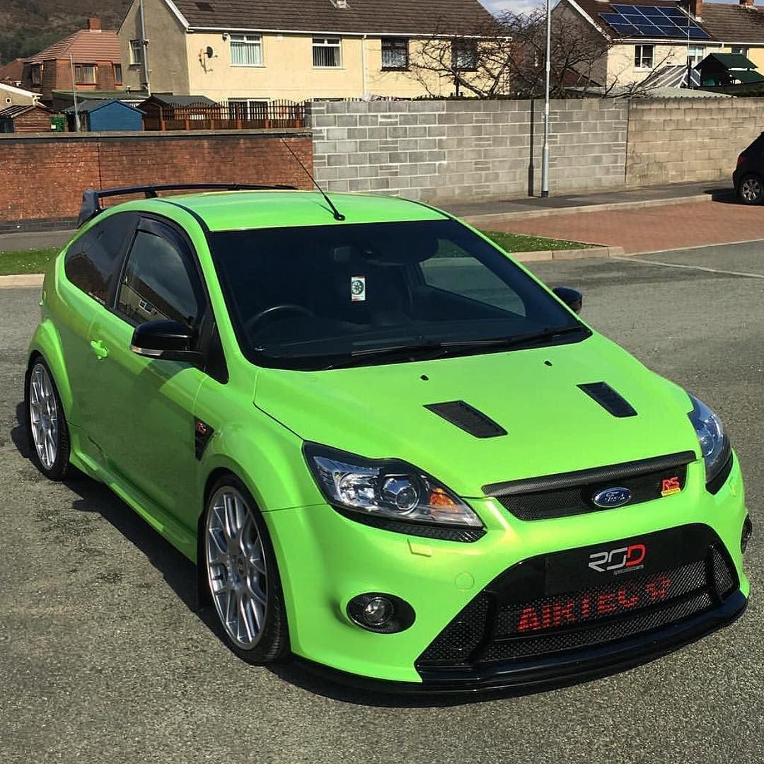 @b4ksyboi Focus RS sporting our lovely RSD logo'd carbon fibre number plate covers.