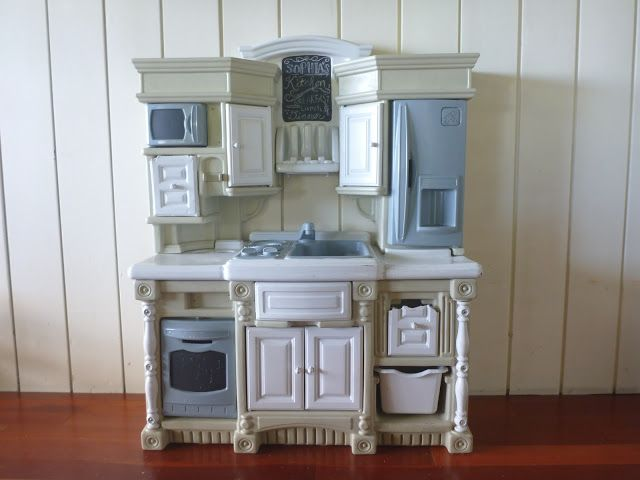 new life for our old plastic play kitchen crafts kids play rh pinterest com