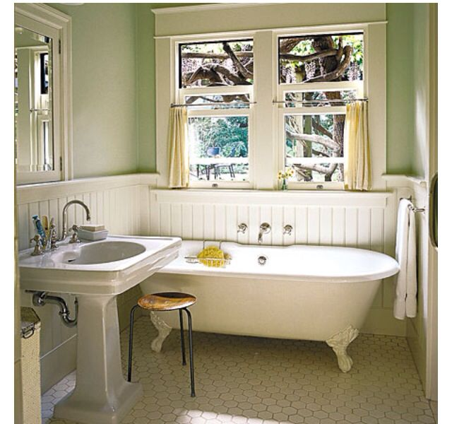 clawfoot tub one day bungalow bathroom craftsman bathroom rh pinterest com